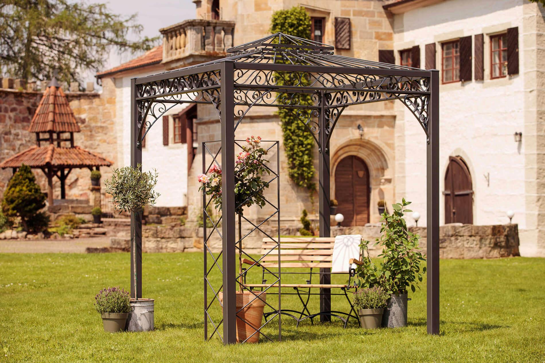 Pavillon Meran - als Rankpavillon mit dem Rankgitter Lily in pulverbeschichtet anthrazit